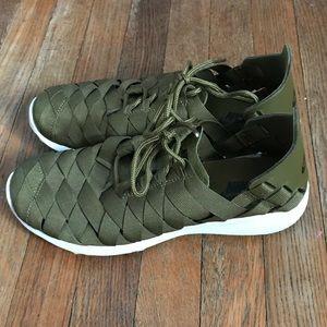 Nike juvenate woven olive sneaker